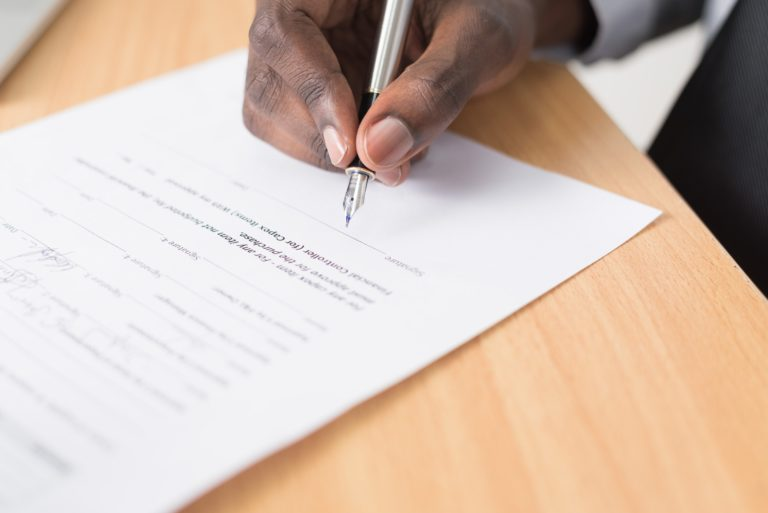 contract lawyer reviewing a contract